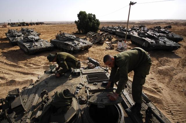 IDF Tanks Prepare in the South