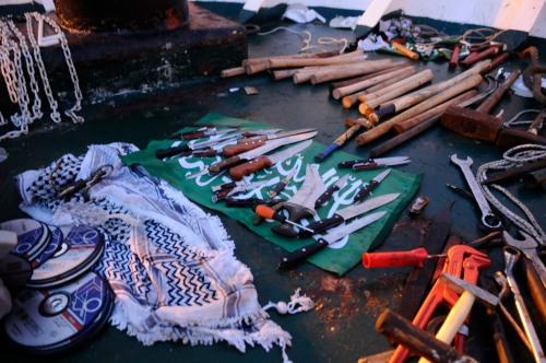 senjata-senjata di kapal Mavi Marmara