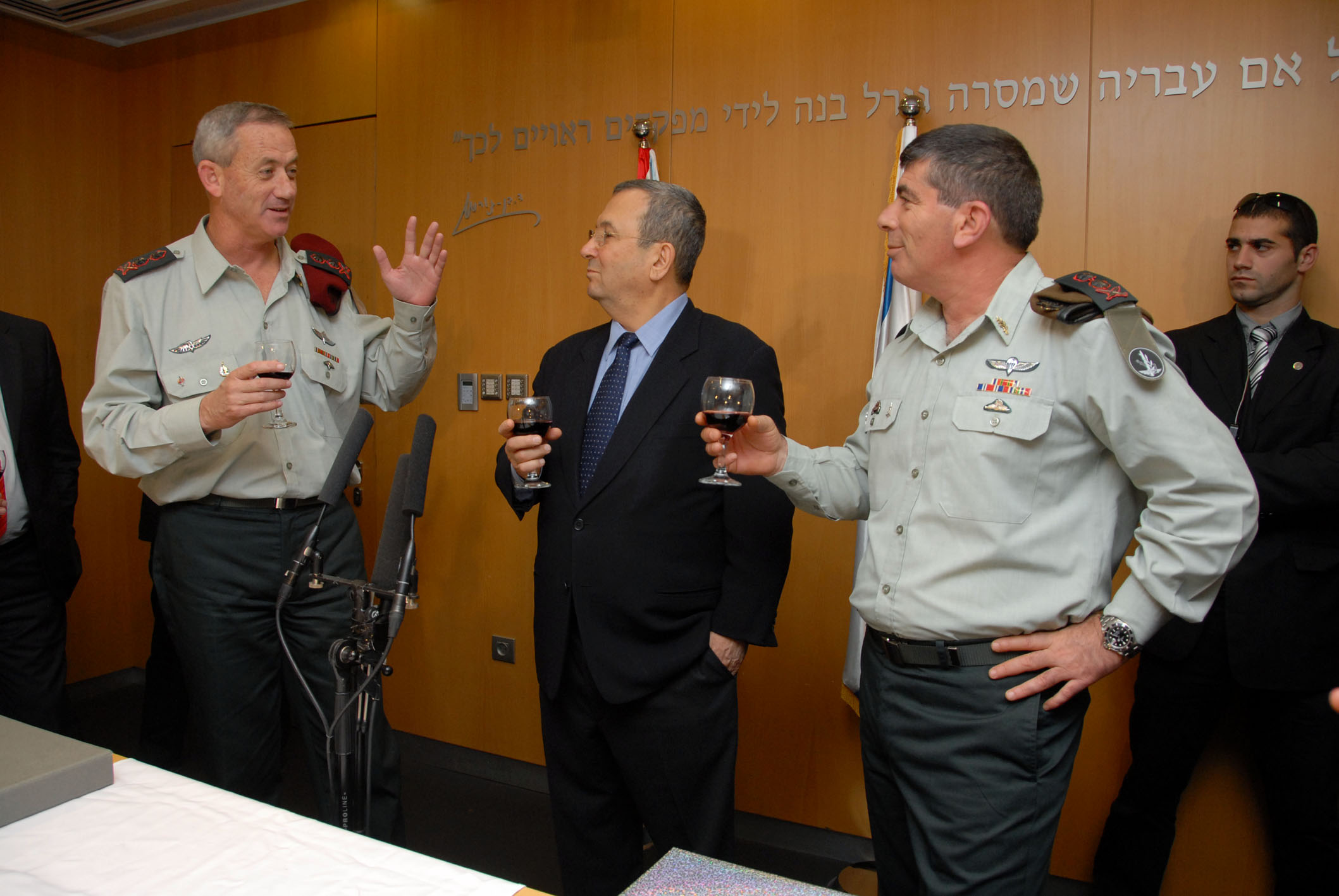 Lieutenant General Gantz, Minister of Defense Ehud Barak and Lieutenant General Gabi Ashkenazi
