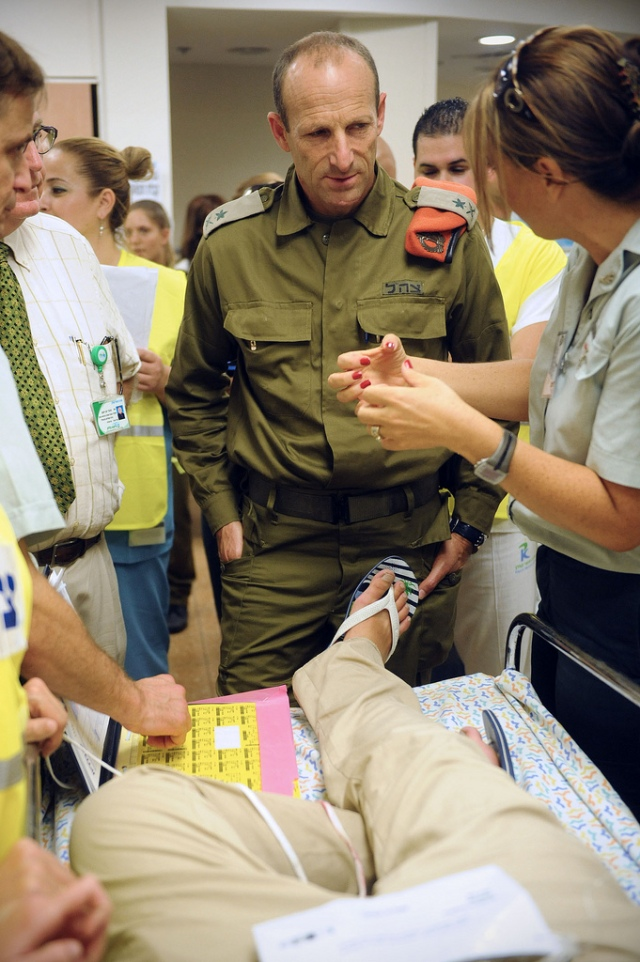 Maj. Gen. Eyal Eisenberg at Home Front Command drill