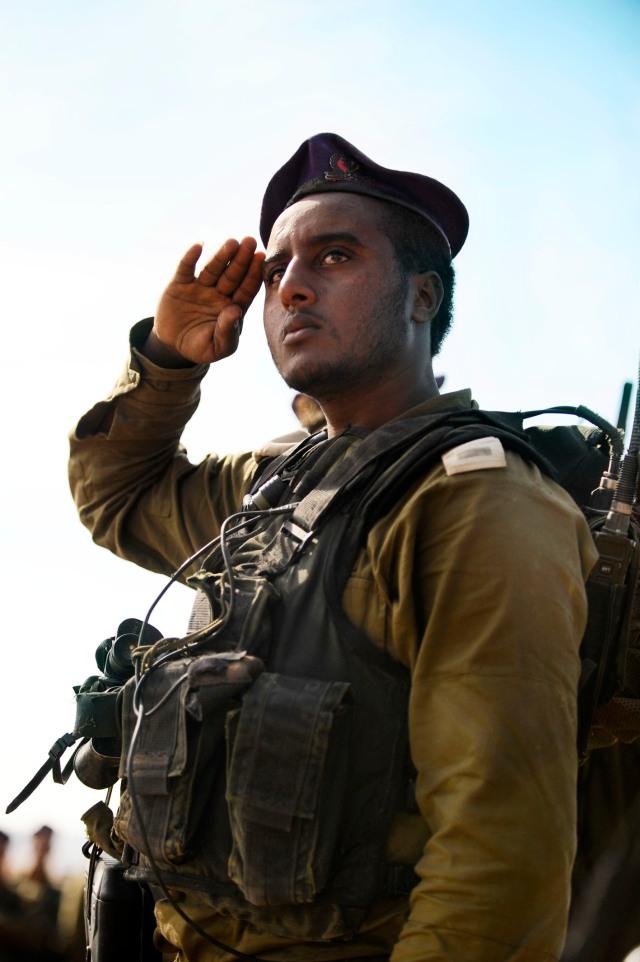 Soldier serving in the IDF's Bedouin Desert Reconnaissance Battalion