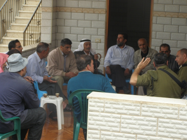 Archive: Civil Admininstration Officer Meets With Dar-Almalkh Council Heads