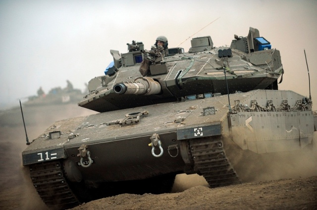An Israeli Merkava IV Battle Tank, Israel, Israeli, IDF, Israel Defense Forces, Israeli Defense Forces, army, military, tanks, armored vehicles, armored corps