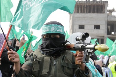 Children in Hamas Parade