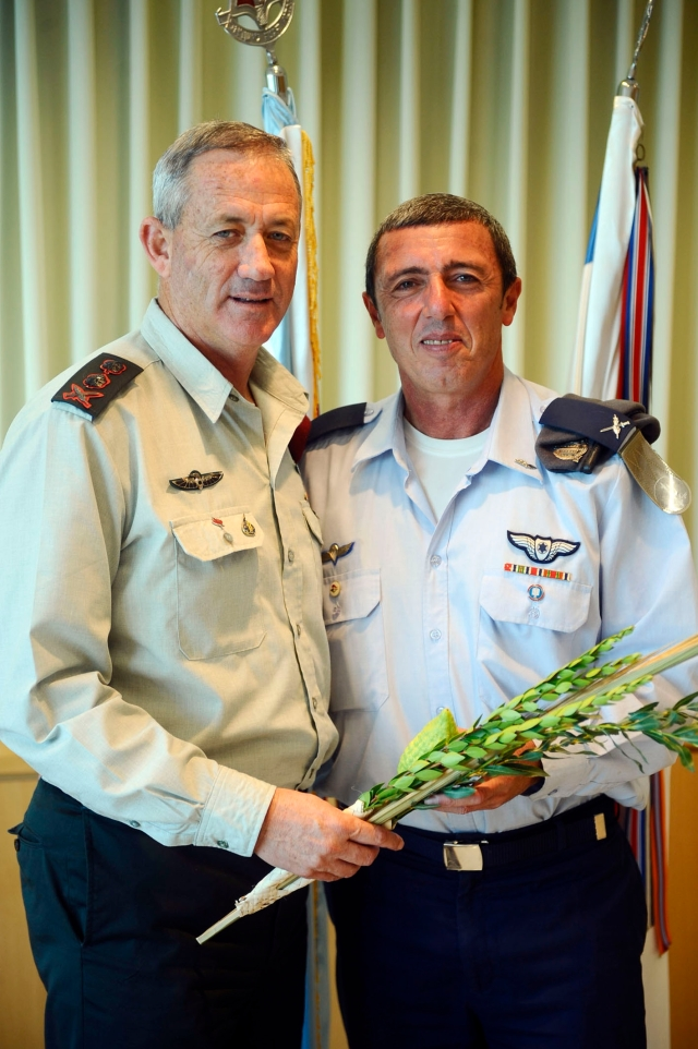 Chief of the General Staff Lt. Gen. Benny Gantz and the Chief Military Rabbi Brig. Gen. Raffi Peretz